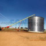 À la ferme Silo de stockage du grain de l'acier