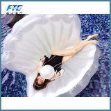 Flotador flotante inflable gigante barato de la piscina del shell de la fila