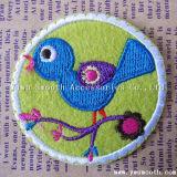 卸し売りカスタム方法小鳥のロゴの刺繍パッチのアップリケの衣服の装飾