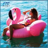 Juguetes gigantes de la celebración de días festivos del agua de los niños del paseo del color de rosa del flotador de la piscina del flamenco inflable