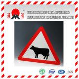 고강도 도로 Safey를 위한 사려깊은 교통 표지