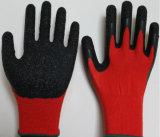 13G赤いポリエステルやしは乳液のしわの終わりの働く手袋に塗った