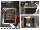 Gootsteen van de Keuken van het Roestvrij staal van Undermount de Enige Met de hand gemaakte Vierkante met Nul Straal