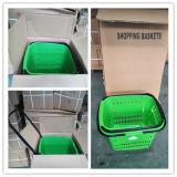 Pousser la main shopping bon marché coloré panier en plastique