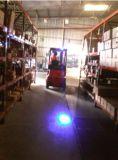 천장 기중기 및 큰 LED 파란 반점 빛