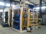 Automatischer hydraulischer konkreter Gehsteig-Ziegelstein-Block, der Maschine herstellt