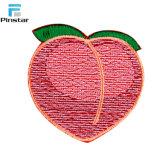 De Perzik van het fruit naait op In het groot Geborduurde Flarden