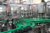 Botella de vidrio totalmente automática máquina de llenado de bebidas carbonatadas