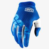 Il motocross protettivo del guanto dell'azzurro 100% MTB/BMX mette in mostra i guanti