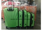 Gli ABS impermeabili leggeri dei bagagli continuano