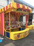 Cabine dos jogos do carnaval do parque de diversões do laço de Hula do Throw