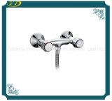Faucet fixado na parede Polished do banheiro do punho do zinco