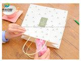 La Chine usine de papier blanc Craft sac cadeau pour la nouvelle année de l'emballage