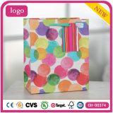 Polka PUNKT Muster-Kleidungs-Schuh-Spielzeug-Geschenk-Papierbeutel färben