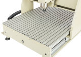 小さいCNCの彫版および切り分ける機械
