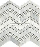 ヘリンボンパターン白い大理石のモザイク・タイル