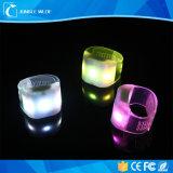 Braccialetto promozionale di Directflashing della fabbrica del braccialetto di telecomando LED del nuovo braccialetto di disegno LED