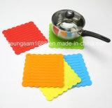 Les détenteurs de pot de silicone résistant à la chaleur Tapis Tapis de table de cuisine Dîner