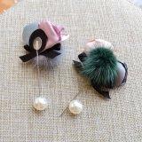 POM Poms 공 백색 시뮬레이트하 진주 핀 및 리본 꽃 활 매듭 브로치