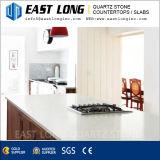Запятнайте упорные белые слябы камня кварца точного зерна для декора гостиницы/домашних