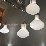 2017modern居間の装飾のための最新のシンプルな設計のGlass&Iron吊り下げ式ライト