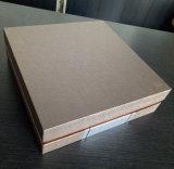 金ぱく押しのカスタマイズされたデザインカラーSpecialpaperの印刷のワインボックス