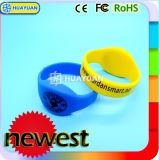 Kundenspezifischer Silikonintelligenter RFID Wristband Braclelet des Firmenzeichen-125kHz Em4200
