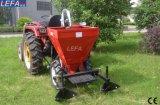 Traktor hing einen Reihen-süsse Kartoffel-Pflanzer ein
