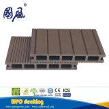構築の装飾のための174*25mmの工場価格WPCの合成のDecking