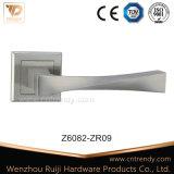 Alliage de zinc la quincaillerie de porte extérieure de la poignée de verrouillage avec Rose (z6075-ZR09)
