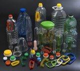 Bottiglia bevente di plastica della bottiglia dell'animale domestico delle quattro cavità che fa macchina
