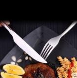 Insieme martellato nero delle posate di cerimonia nuziale dello specchio di Flatasy, un servizio delle 5 parti per 1, coltelleria per l'hotel domestico del ristorante della cucina