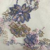 Cordón con las flores hechas con el hilado de seda y el estilo brillante de Elie Saab de los cristales