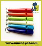 La Chine de gros de produits animaux de compagnie Multi-Colors sifflet de formation de chien en plastique