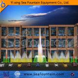 Fontaine moderne de musique de l'eau avec les lampes sous-marines