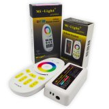 Mi. 가벼운 2.4G 4 지역 무선 RF RGBW 수신기 LED 관제사
