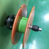 Hoogstaand en de Draad en de Kabel die van de Snelheid Machine rollen