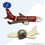 Regalo modificado para requisitos particulares del metal del Pin de la solapa del esmalte de la promoción de la divisa del aeroplano del metal