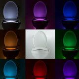 8 de kleurrijke Motie activeerde het Batterij In werking gestelde van de LEIDENE van de Sensor 3*AAA Licht Nacht van Toliet