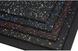 Il vario tipo di pavimentazione di gomma con molti colora
