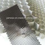 Faisceaux en aluminium de 3003/5052 Honeycom d'alliage
