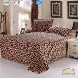 Мода Leopard напечатано коралловых флис постельные принадлежности одеяло 4 ПК на базе набора