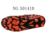 Numéro 50141 chaussures d'action du football du gosse