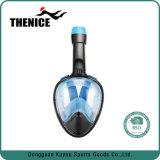 La máscara de buceo y snorkel en una sola