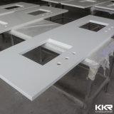 Partie supérieure du comptoir extérieure solide précoupée de meubles de salle de bains