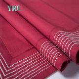 Rotes luxuriöses kundenspezifisches Küstenlandhaus-volle Baumwollblätter