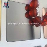 De spiegel poetste de Gekleurde Decoratieve Bladen en de Platen van het Roestvrij staal op