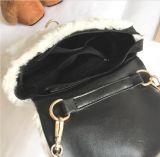方法様式のプラシ天のメッセンジャー袋のショルダー・バッグのハンドバッグ