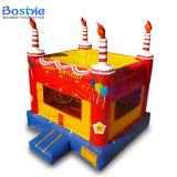 Het gelukkige Kasteel Bouncy, de Kleine Uitsmijter van het Thema van de Verjaardag Opblaasbare van Jonge geitjes