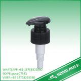 33/410 distributeur noir de pompe de lotion de pression pour le soin de corps